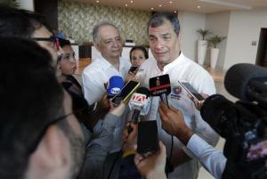 Correa denuncia 'alteración del orden constitucional' de Ecuador ante la OEA