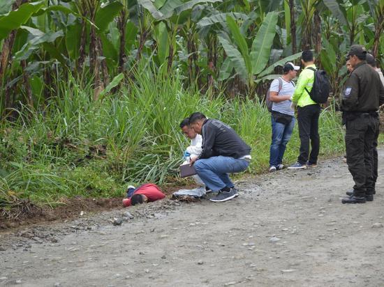 Taxista manabita es asesinado en Santo Domingo