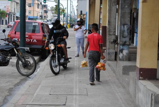Más niños en las calles