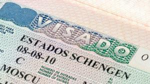 Moreno pedirá apoyo formal de España para exoneración de visados Schengen