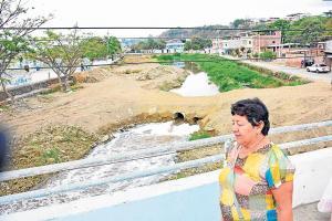 Contaminación en el río Manta