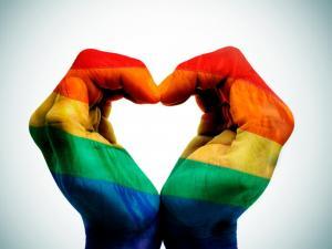 Juez mantiene aval que permite a psicólogos realizar 'cura gay' en Brasil