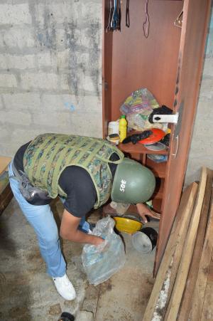Policía y militares allanaron 6 viviendas