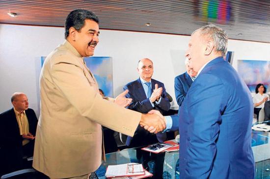 Maduro cierra negocio con una empresa rusa