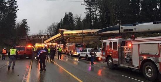 'Múltiples heridos y víctimas mortales' en un accidente de tren en EE.UU.