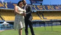 Doce parejas cumplen su sueño de casarse en la Bombonera