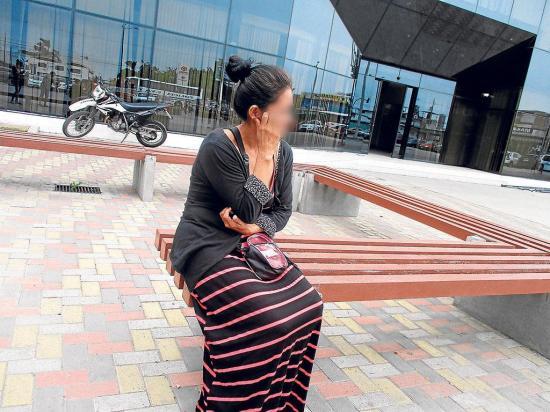 Lucía es una madre que está en lucha contra la  adicción de su hijo