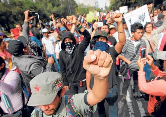 Solicitan a Peña Nieto vetar ley