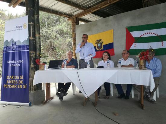 Rotary apoya a pescadores