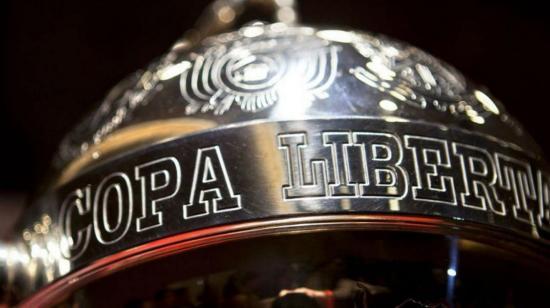 En sorteo de Libertadores y Sudamericana se rendirá tributo a Pelé y Maradona