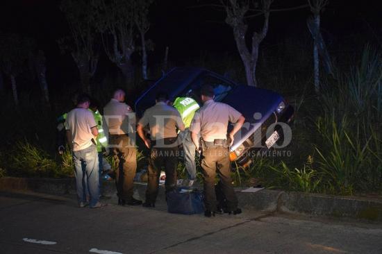 Dos muertos y varios heridos tras balacera en Flavio Alfaro