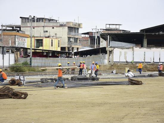 Las demoliciones en el mercado se realizarán una vez que culminen las clases