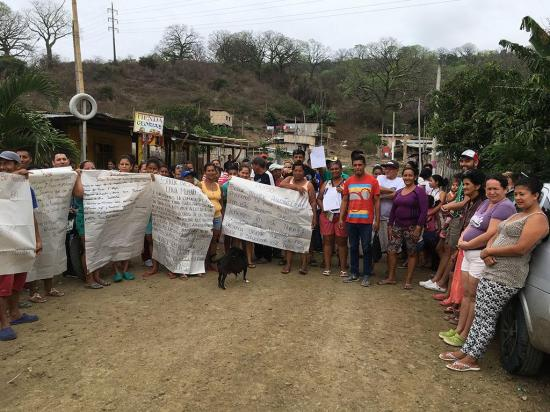180 familias de El  Florón 7 temen posible pérdida de sus terrenos