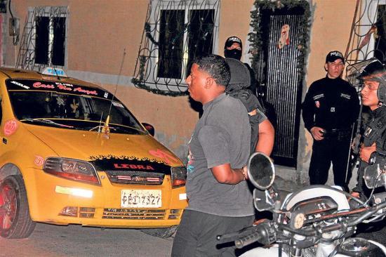 """Nueve personas fueron detenidas en el operativo """"Fortaleza"""""""