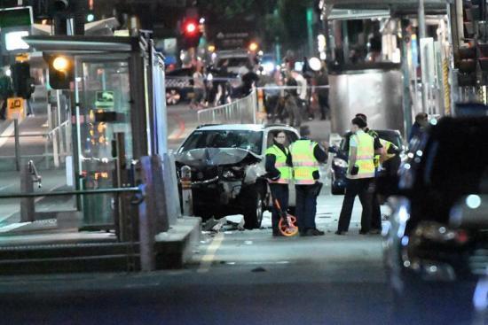 Dos detenidos tras el atropello 'deliberado' de al menos 15 personas en Melbourne