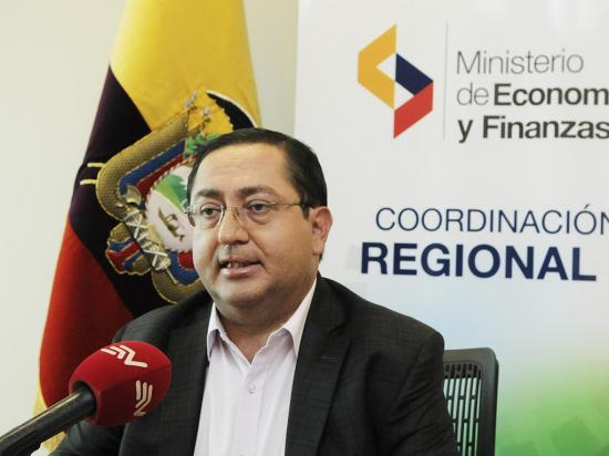 """Ministro De la Torre: """"2017 terminará con un déficit fiscal del 4,5%"""""""