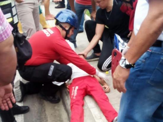 Un estudiante es atropellado en Portoviejo