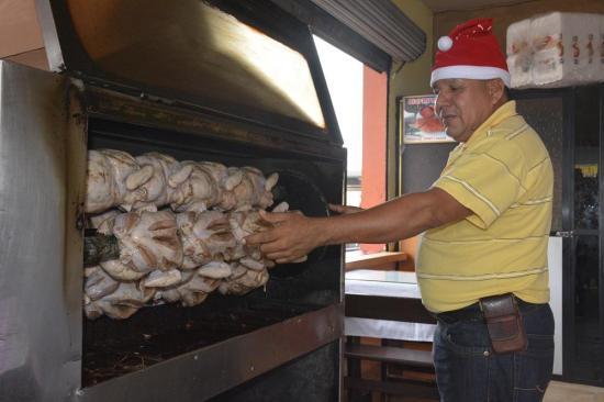 """Asaderos """"alzan vuelo"""" por la temporada navideña"""