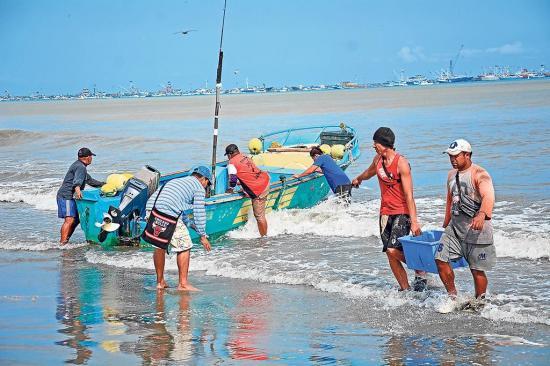 Pesca invertirá en  tecnología para combatir piratería en altamar