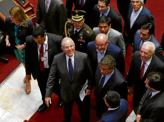 Congreso peruano llama a declarar a un asesor chileno