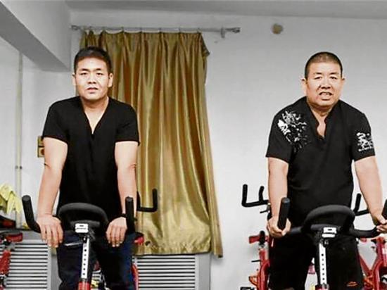 Padre e hijo bajan juntos más de 150 Kilos de peso