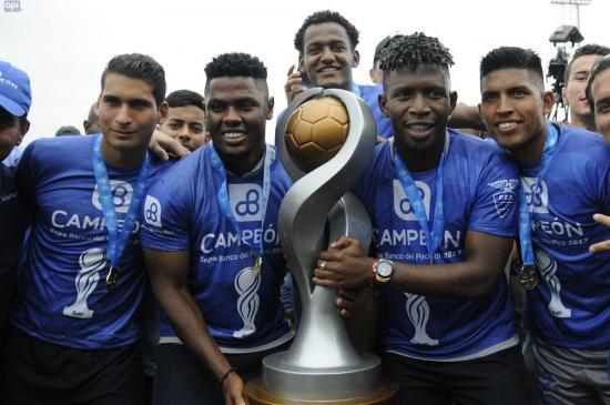 El Emelec ve difícil el Grupo 4 de la Copa Libertadores pero eso le alienta