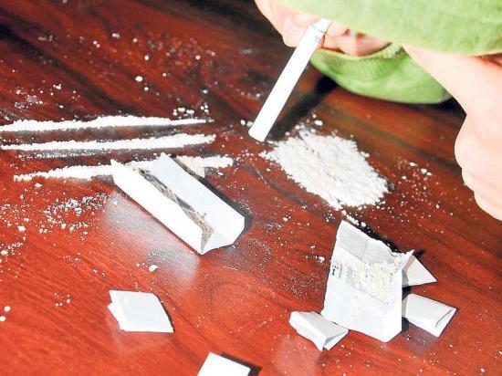 Luchan contra la adicción a las drogas