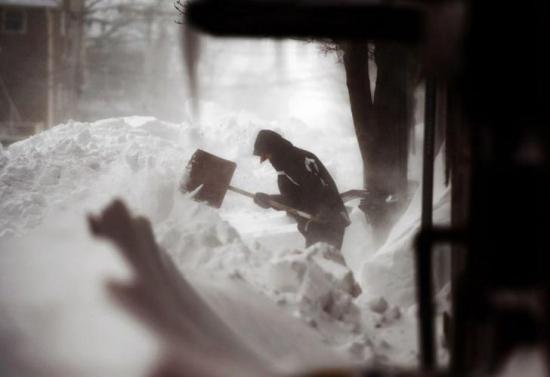 Unas 50.000 personas siguen sin electricidad en Canadá tras paso de Tormenta