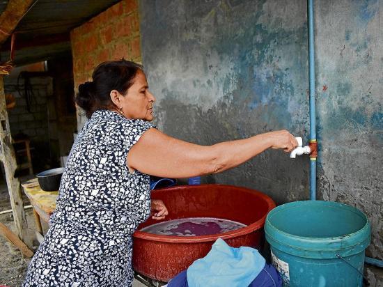 PORTOVIEJO: 10% de la ciudad aún no recibe agua potable por la red