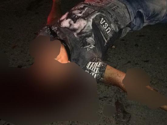 Un motociclista pierde la vida al ser embestido por un vehículo