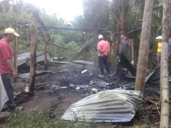 Una vivienda se quema en el sitio Betania a causa de cortocircuito