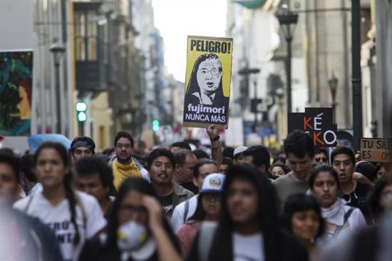 Víctimas de crímenes de Fujimori rechazan su perdón y piden anular su indulto
