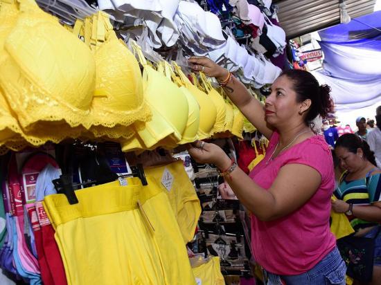 Comercio se viste de color amarillo