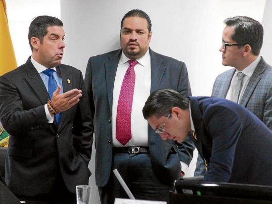 El salario básico en Ecuador sube 11 dólares