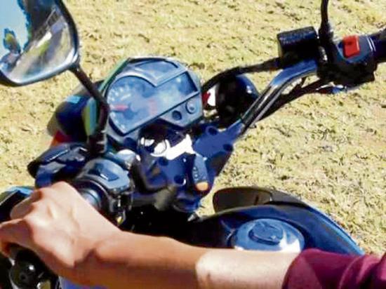 Denuncian el robo de una moto en el mercado Nº 1