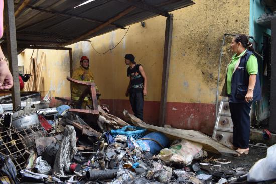 Incendio dejó ocho heridos