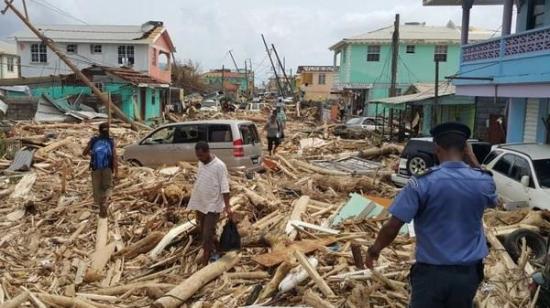 Un 45% de abonados siguen sin electricidad tras 100 días de María en Puerto Rico