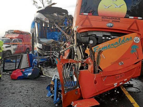 28 son los heridos del triple choque que dejó 2 muertos