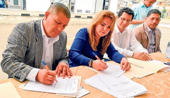 Firman convenio para certificar a pescadores artesanales por 5 años
