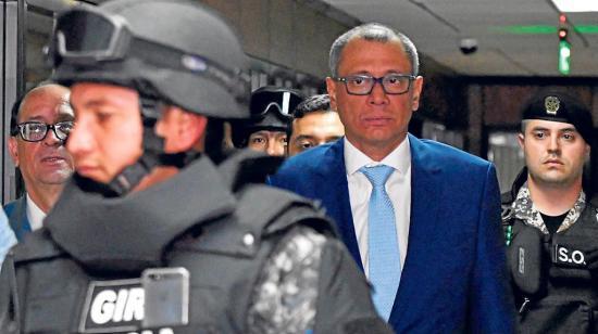 Glas cumple 90 días en la cárcel e inicia juicio