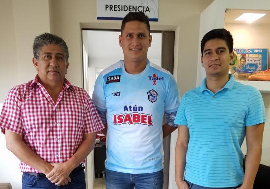 El manabita Bonard García es el nuevo refuerzo del Manta FC