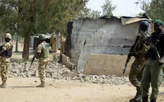 Al menos 33 muertos tras dos ataques de un grupo armado en Nigeria