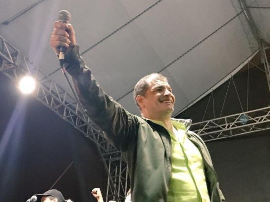Correa arribará la madrugada de este viernes al aeropuerto de Guayaquil