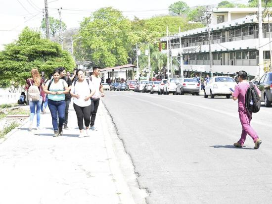 36 mil bachilleres rendirán examen en Manabí