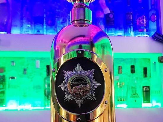 Roban una botella de vodka  valorada en 1,3 millones de dólares