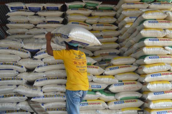 Usuarios en redes sociales aseguran que en Ecuador se comercializa arroz falso