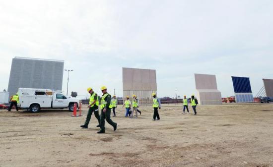 La Casa Blanca pide 18.000 millones al Congreso para el muro con México