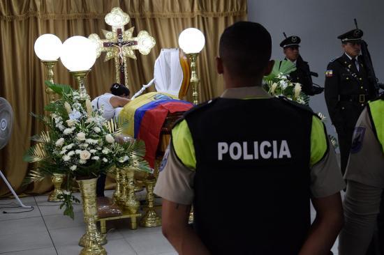 Siete policías murieron
