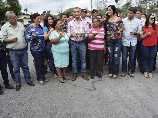 Entregan la obra vial  El Porvenir-Rosario  Vainas, de 12,4 kilómetros