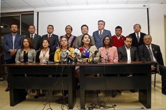 Devuelven los $300 millones de la Ley de Solidaridad, asambleístas piden juicio político
